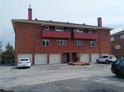 Photo of 403 Stratas Court, Kanata, Ontario K2L3K6