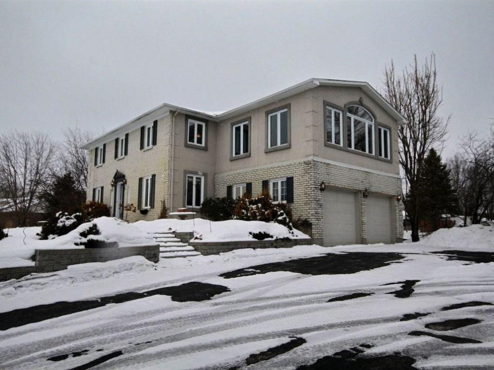 1 Longtin Street, Bourget, Ontario K0A1E0