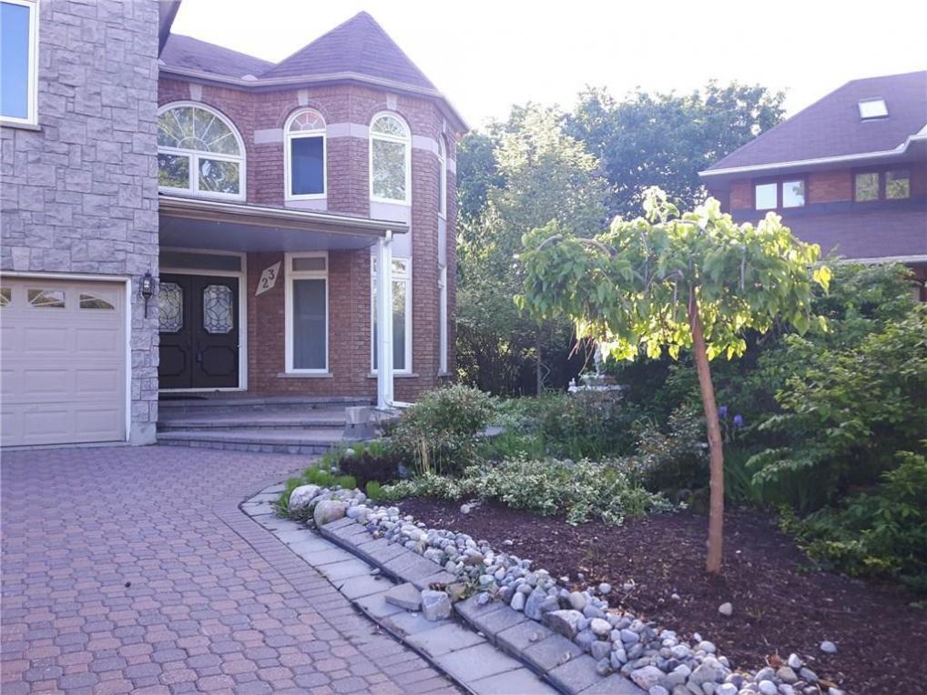 23 Reubens Court, Ottawa, Ontario K1G5K5