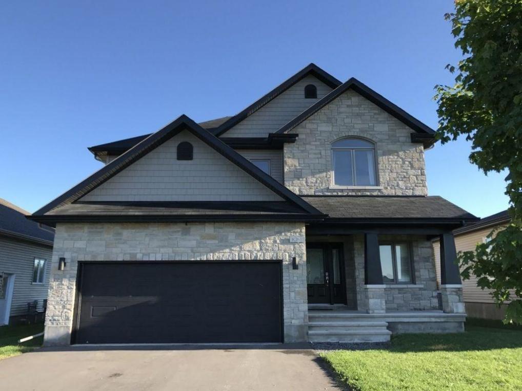 1094 Docteur Corbeil Boulevard, Rockland, Ontario K4K0G9