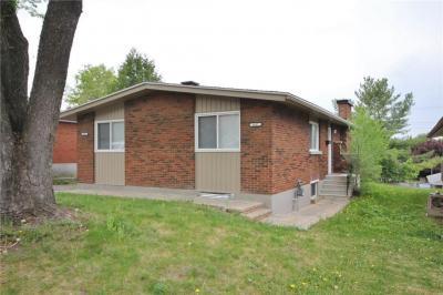 Photo of 1457 Edgecliffe Avenue, Ottawa, Ontario K1Z8G2