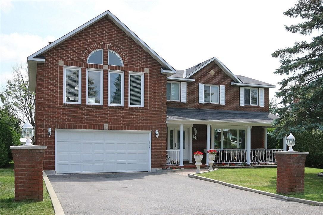 141 Amberwood Crescent, Ottawa, Ontario K2E7K8