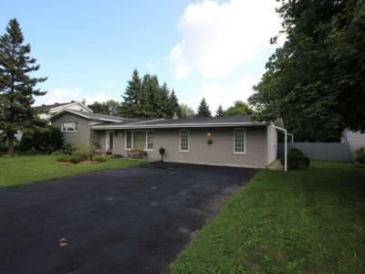 Photo of 2275 Page Road, Orleans, Ontario K1C7K5