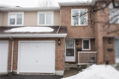 Photo of 1805 Summerfields Crescent, Ottawa, Ontario K1C7B8