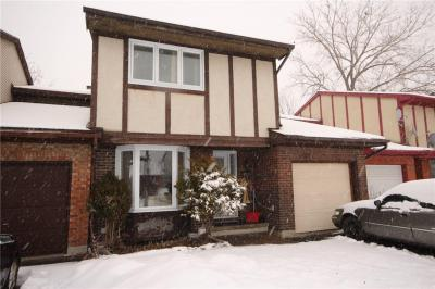 Photo of 2560 Hunters Point Crescent, Ottawa, Ontario K1T2A2