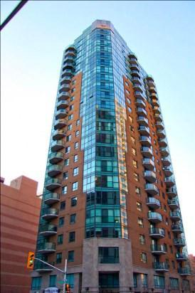 445 Laurier Avenue W Unit#2102, Ottawa, Ontario K1R0A2