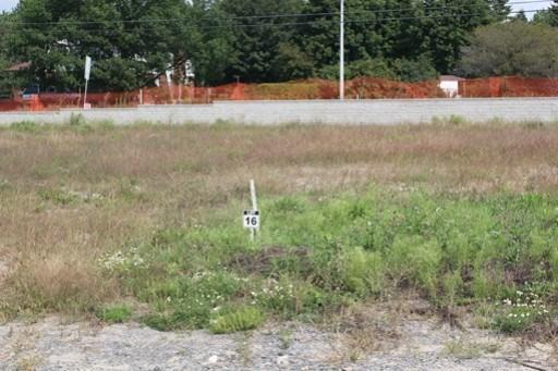 652 Meadowridge Circle, Carp, Ontario K0A1L0