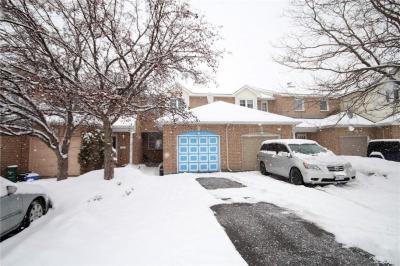 Photo of 47 Mountshannon Drive, Ottawa, Ontario K2J4B8