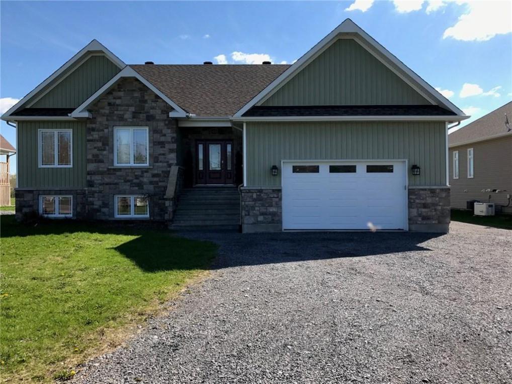 49 Beaver Lane, Limoges, Ontario K0A2M0