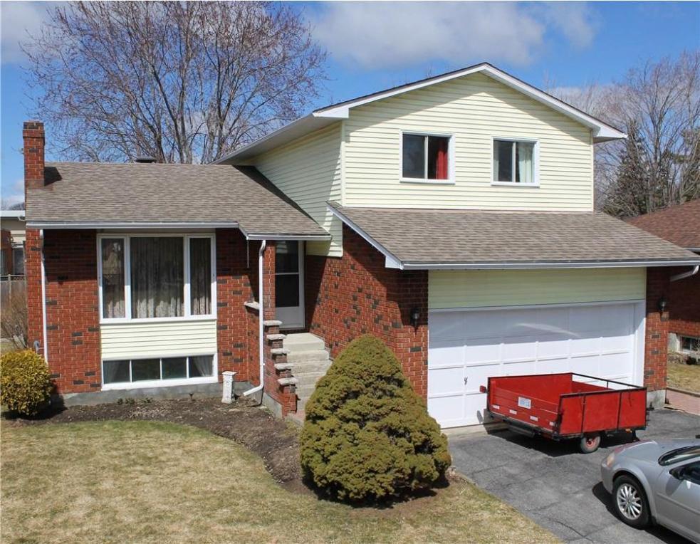 48 First Street, Morrisburg, Ontario K0C1X0