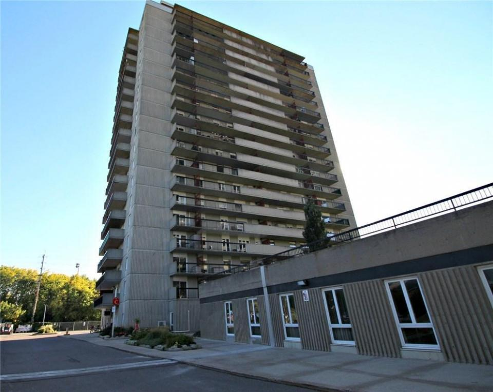 158 C Mcarthur Avenue Unit#204, Ottawa, Ontario K1L8E7