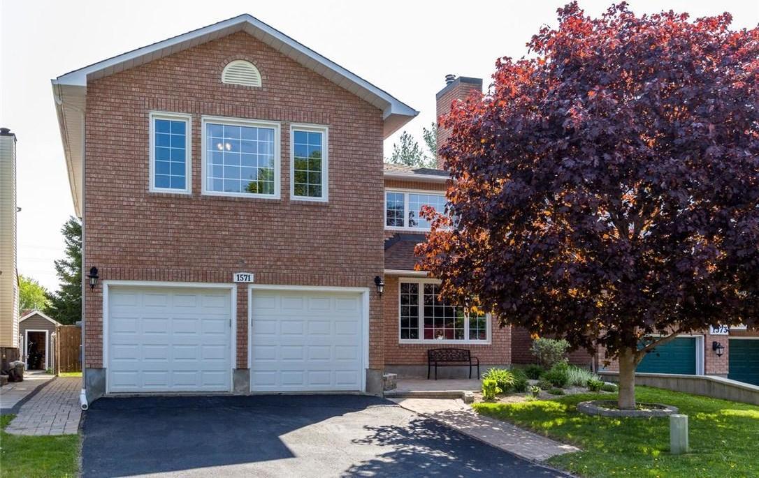 1571 Verchere Street, Ottawa, Ontario K1C6B8