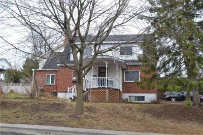Photo of 1388 Belcourt Boulevard, Ottawa, Ontario K1C1M2