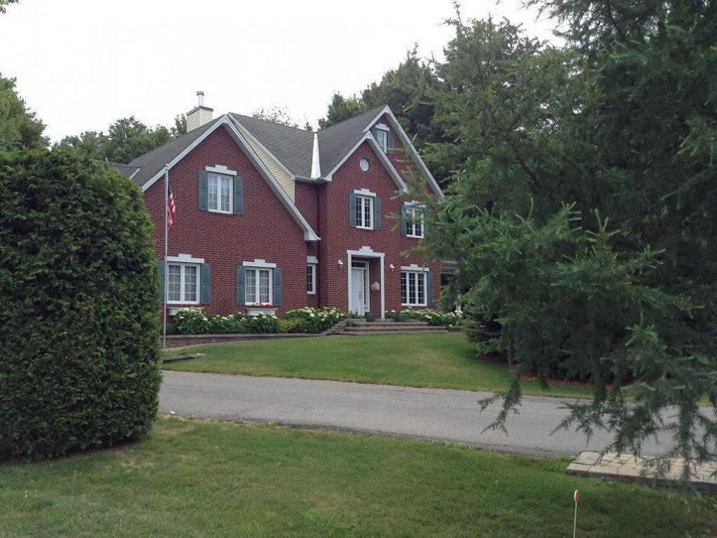 3577 Delson Drive, Navan, Ontario K4B1K6