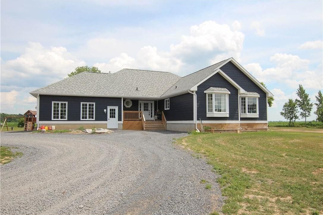 2139 Route 600 Route W, St Albert, Ontario K0A3C0