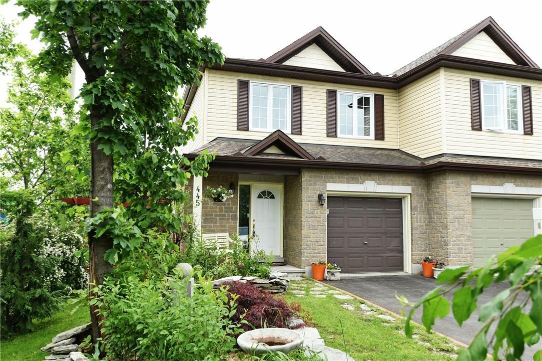445 Cache Bay Crescent, Ottawa, Ontario K1T4H2