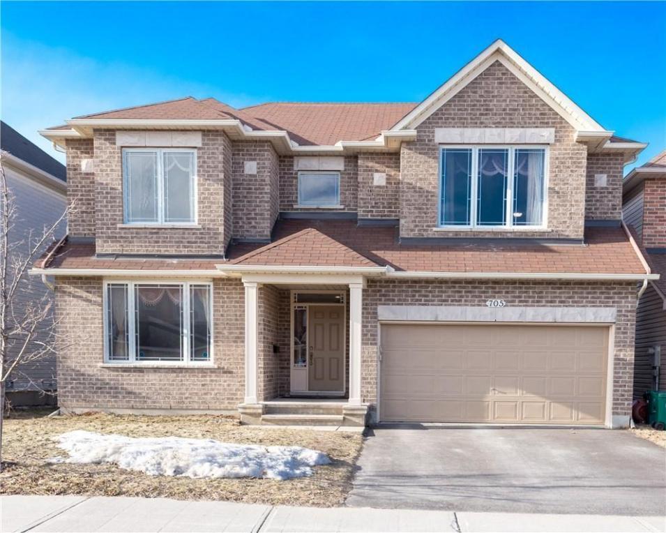 705 Clearbrook Drive, Ottawa, Ontario K2J5P1