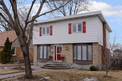 Photo of 1327 Woodward Avenue, Ottawa, Ontario K1Z7V7