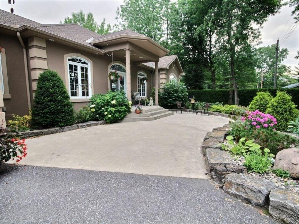 865 Concession Road 1 Road, Plantagenet, Ontario K0B1L0