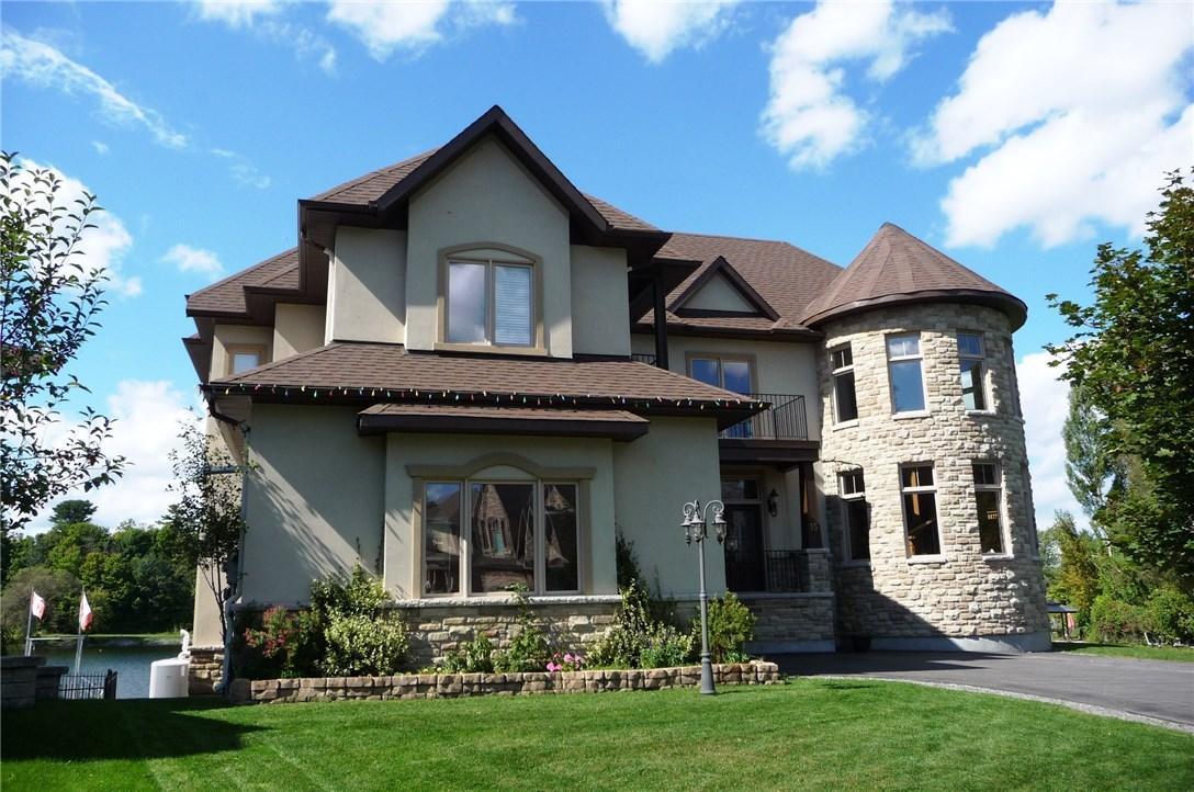 15 Lena Street, Arnprior, Ontario K7S0A4