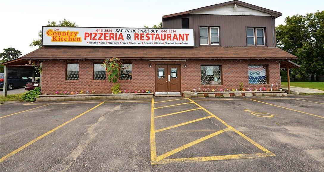16453 Highway 17 Highway W, Cobden, Ontario K0J1K0