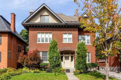 Photo of 41 Powell Avenue, Ottawa, Ontario K1S1Z9