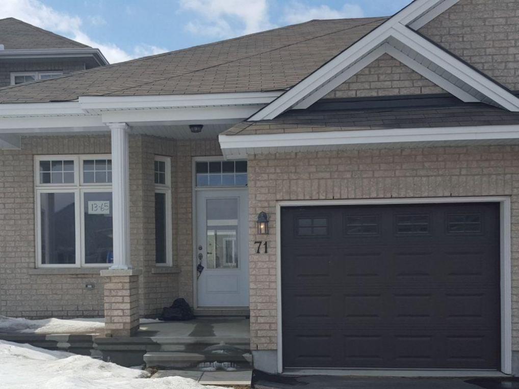 77 Desmond Trudeau Drive, Arnprior, Ontario K7S3G9