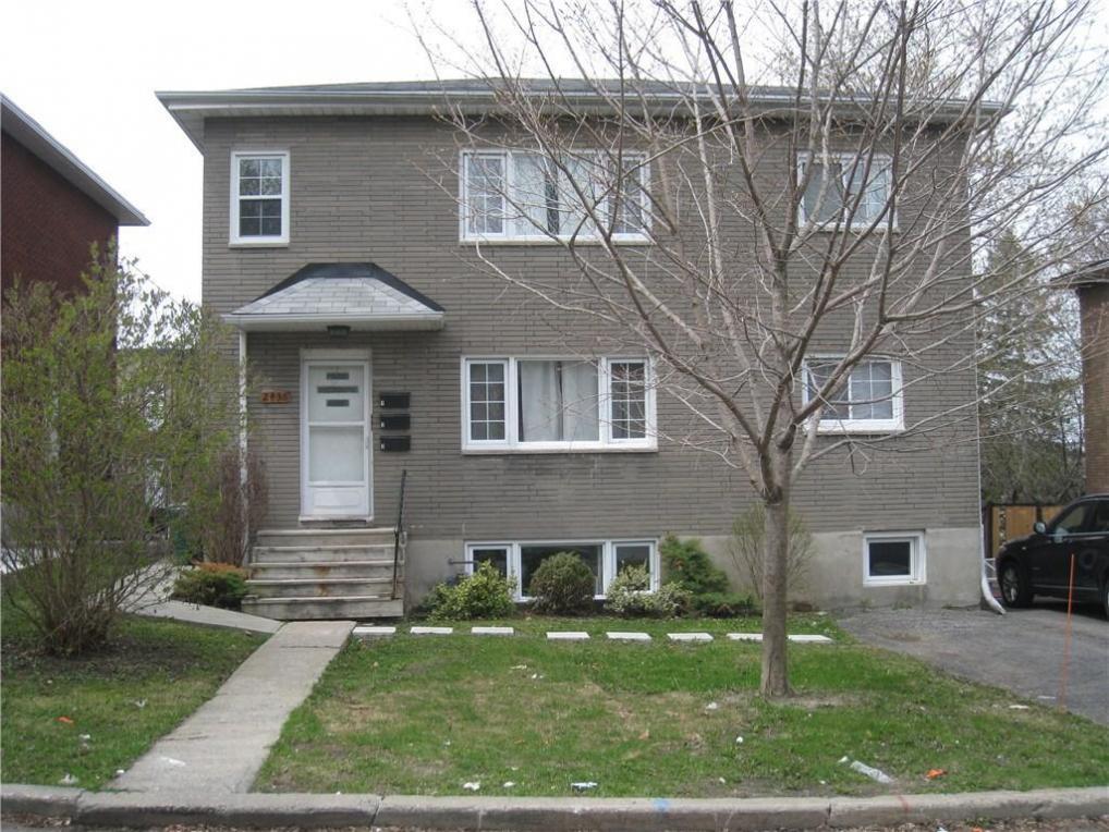 2436 Carlsen Avenue, Ottawa, Ontario K1V8G1