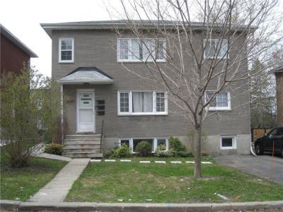 Photo of 2436 Carlsen Avenue, Ottawa, Ontario K1V8G1