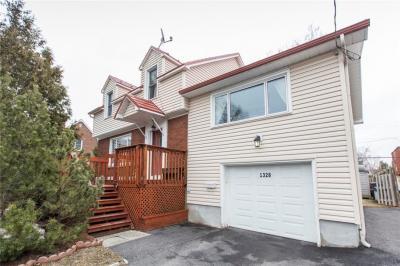 Photo of 1328 Thames Street, Ottawa, Ontario K1Z7N4