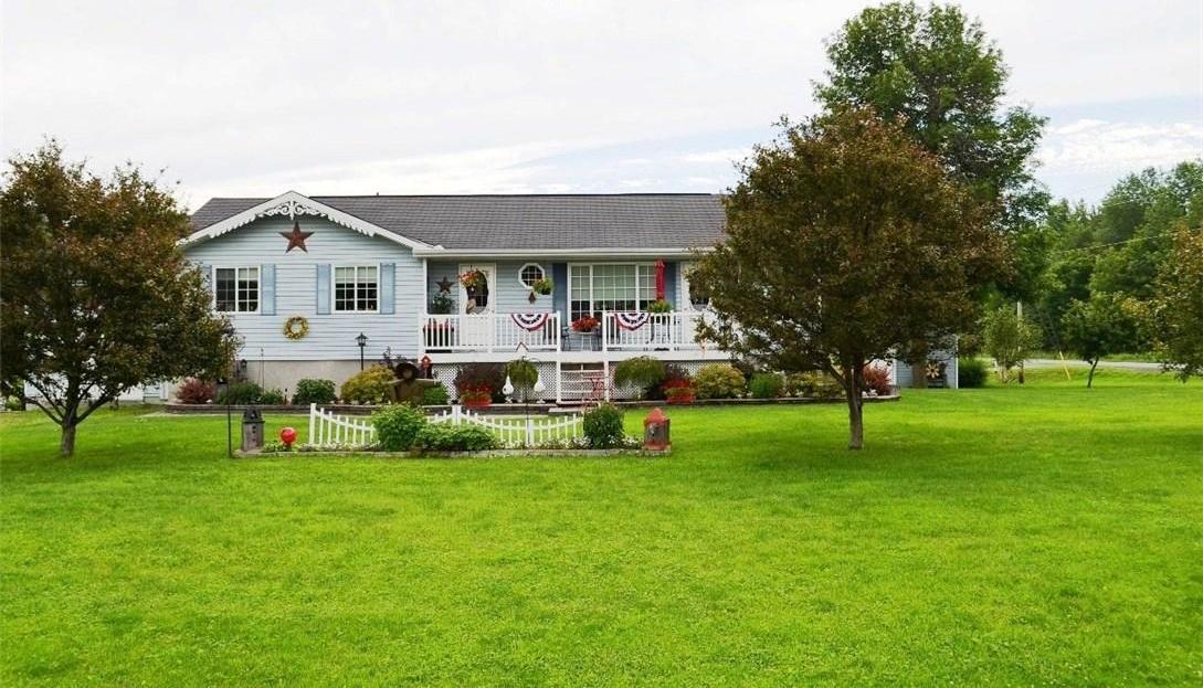 957 Aberdeen Street, Vankleek Hill, Ontario K0B1R0