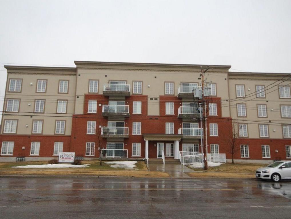 2921 Laurier Street Unit#401, Rockland, Ontario K4K1V2
