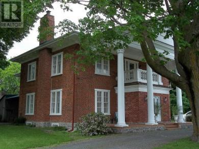 1966 Cassburn Road, L'orignal, Ontario K0B1K0