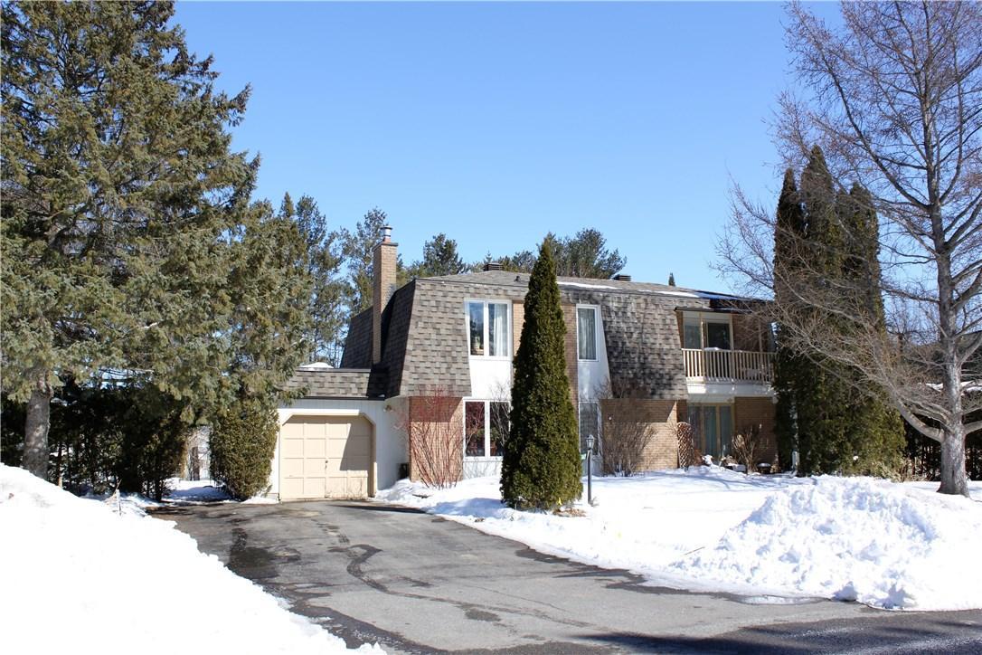 5443 Riverside Crescent, Manotick, Ontario K4M1G9