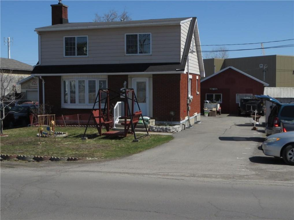 1359 Labrie Avenue, Ottawa, Ontario K1B3M2
