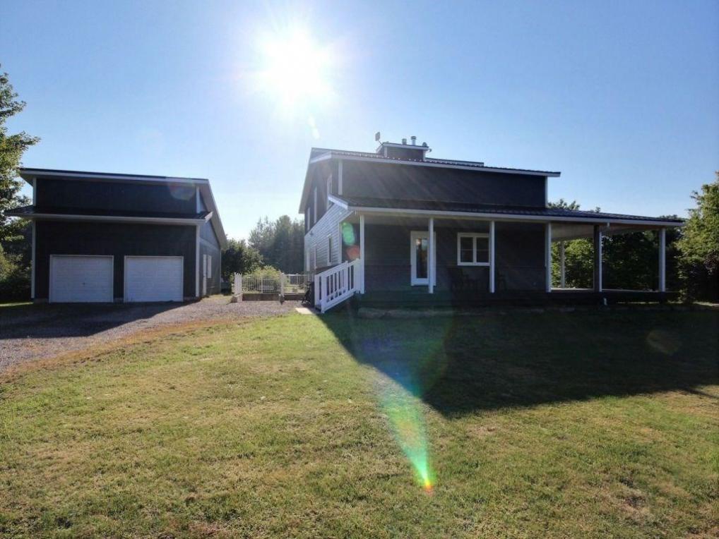 2755 Charbonneau Road, L'orignal, Ontario K0B1K0
