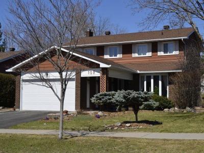 Photo of 128 Westpark Drive, Ottawa, Ontario K1B4G5