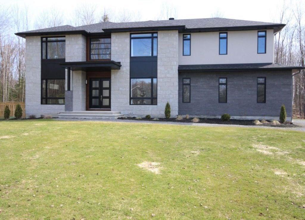 124 Robert Taite Drive, Cumberland, Ontario K4C0B1
