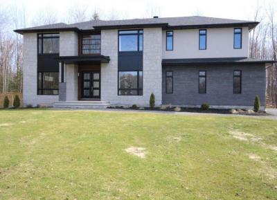Photo of 124 Robert Taite Drive, Cumberland, Ontario K4C0B1
