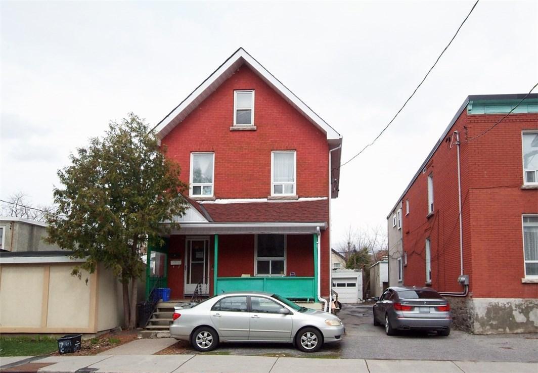 17 Balsam Street, Ottawa, Ontario K1R6W6