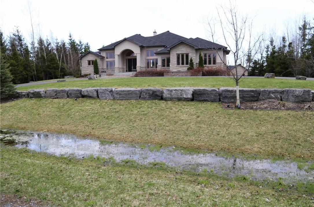 6202 Pebblewoods Drive, Ottawa, Ontario K4P0A1
