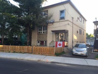 Photo of 203-205 Marier Avenue E, Ottawa, Ontario K1L5R6