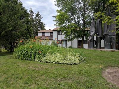 Photo of 27 Thistledown Court Unit#14, Ottawa, Ontario K2J1J4