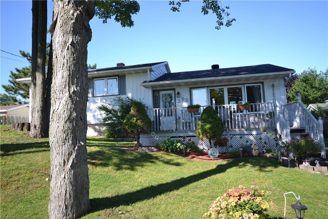 898 Nicole Street, Rockland, Ontario K4K1G5