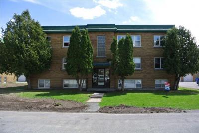 Photo of 1186 Dover Crescent, Ottawa, Ontario K1Z7X3