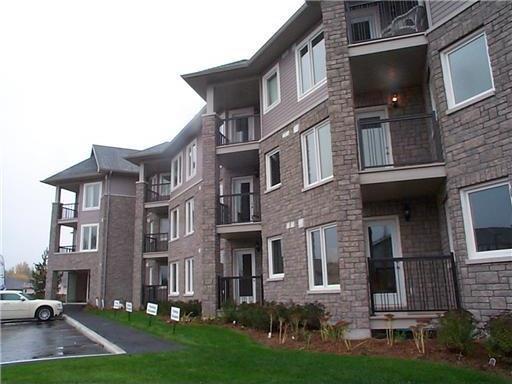 398 Van Buren Street Unit#207, Kemptville, Ontario K0G1J0