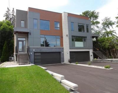 Photo of 2028 Leslie Avenue, Ottawa, Ontario K1H5M2