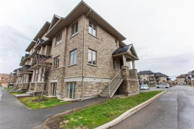 Photo of 26 Tadley Private, Nepean, Ontario K2J2T3