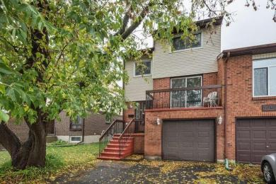 3060 Dumaurier Avenue, Ottawa, Ontario K2B8J2