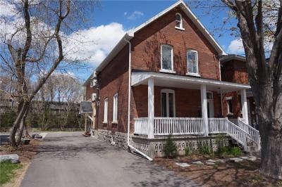 Photo of 119 Hawthorne Avenue, Ottawa, Ontario K1S0B2